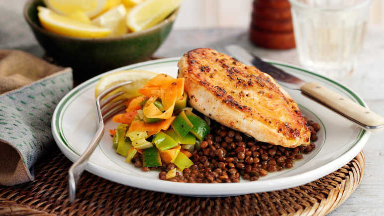 Chicken with puy lentils image