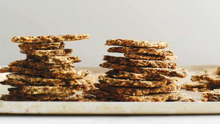Image: Seeded crackers