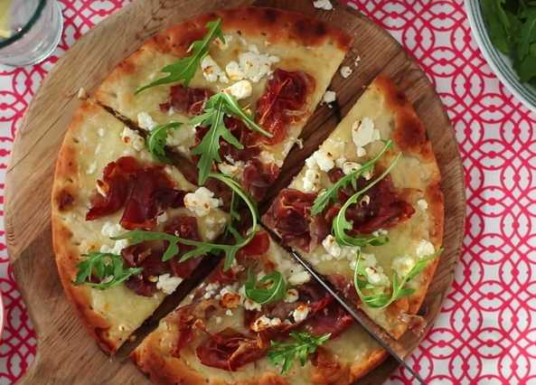Image: Parma ham and rocket pizza with a feta twist