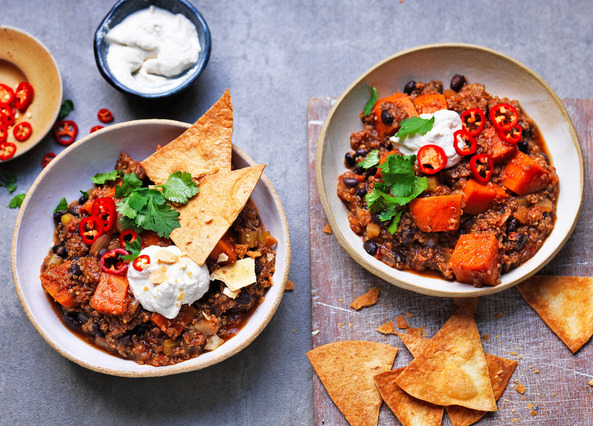 Image: Vegan sweet potato, black bean and quinoa chilli