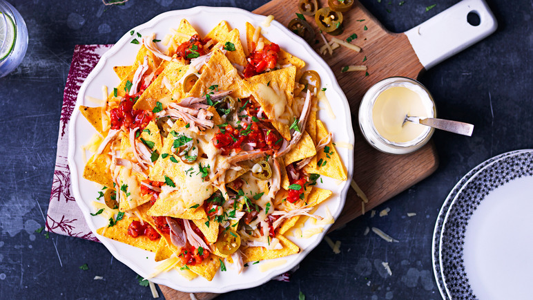 Image: Leftover turkey nachos