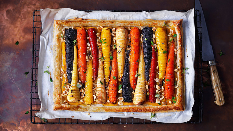 Image: Vegan hasselback vegetable tart