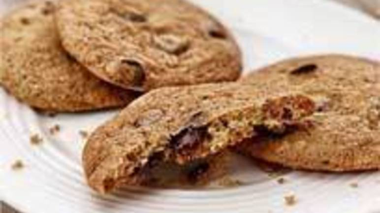 Large image for chocolate chip cookies recipe.