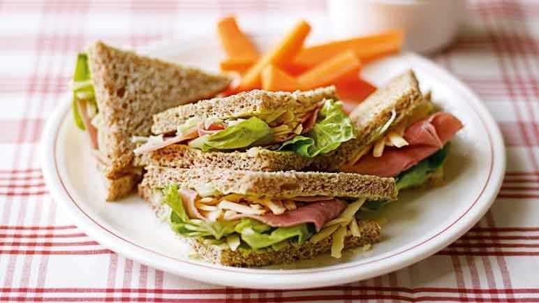 Ham, cheese & salad sandwic image