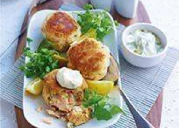 Large image for Sainsbury's Salmon and red onion fishcakes with dill mayo recipe