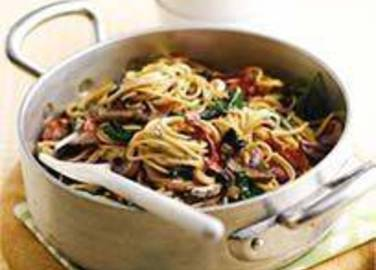Large image for Sainsbury's Creamy spaghetti with crispy bacon recipe