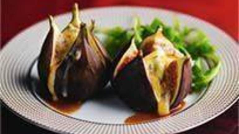 Large image for Sainsbury's Cambozola figs recipe