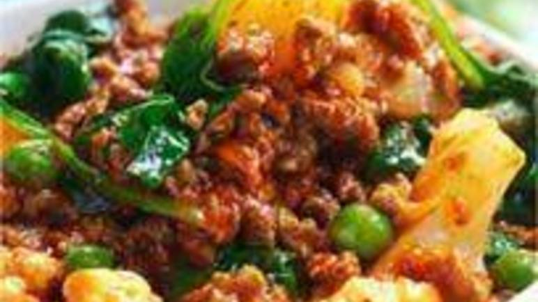 Large image for Sainsbury's Quorn vegetable mince curry recipe