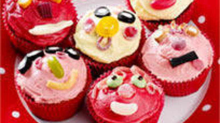 Large image for Funny face cupcakes recipe.