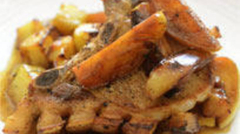 Large image for pork chops, caramelised apple wedges and potatoes recipe.