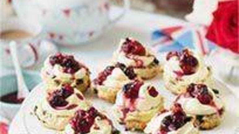 Large image for Sainsbury's Mini blueberry scones with compote and clotted cream recipe