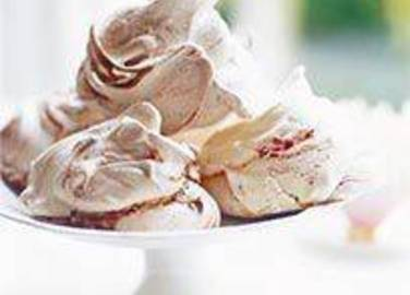Large image for Sainsbury's Marvellous meringues recipe