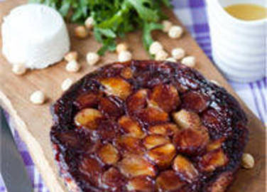 Large image of Tatin of shallots and port recipe on Sainsbury's Online