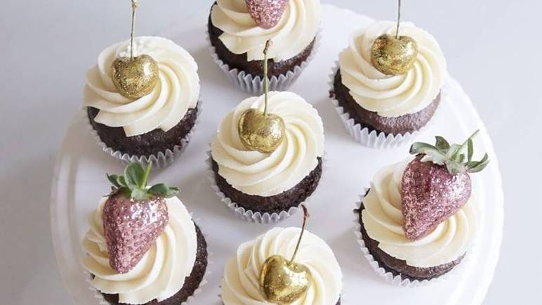 Image: Glitter cupcakes