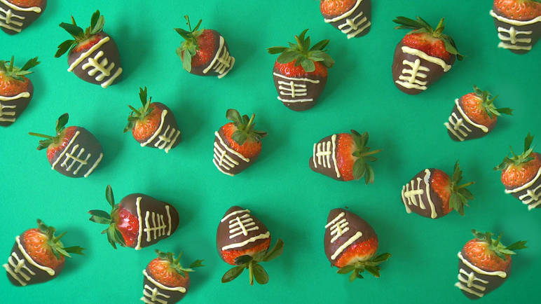 Image: Super Bowl strawberries