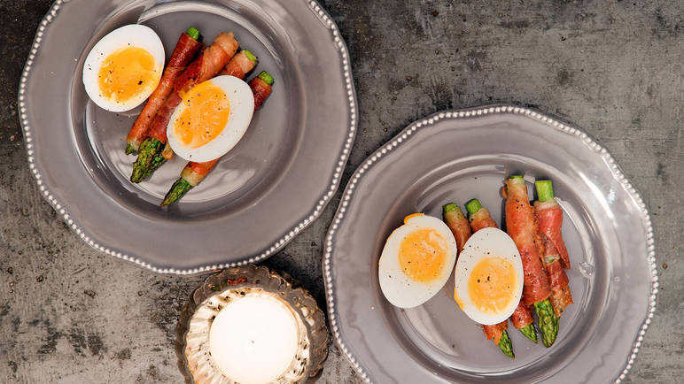 Image: Parma ham-wrapped asparagus with soft boiled duck egg