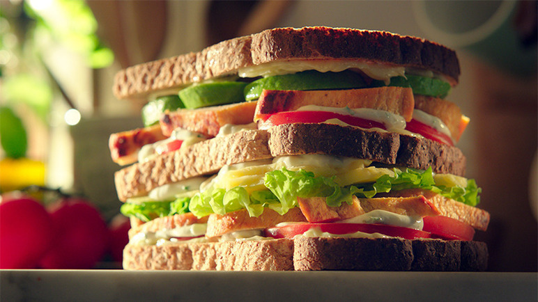 Image: Quorn Chilli & Lime Sliced Fillets in a New York club sandwich