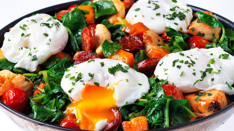 Image: Chicken, chorizo and sweet potato hash
