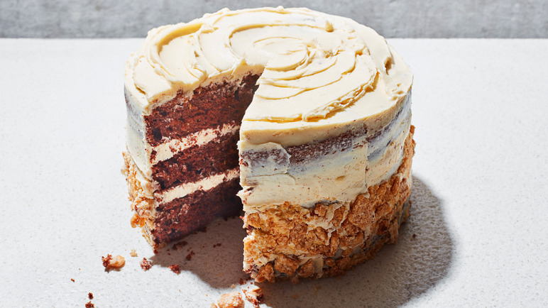 Image: Chocolate cauliflower cake with tahini frosting