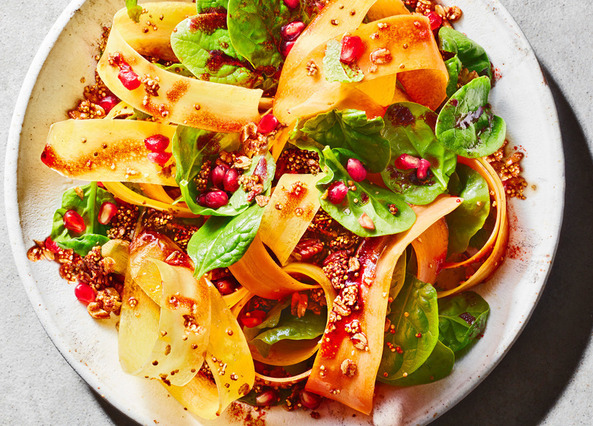 Image: Carrot ribbon salad with quinoa granola