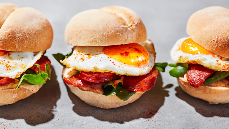 Image: Portuguese papo secos with chorizo and fried egg