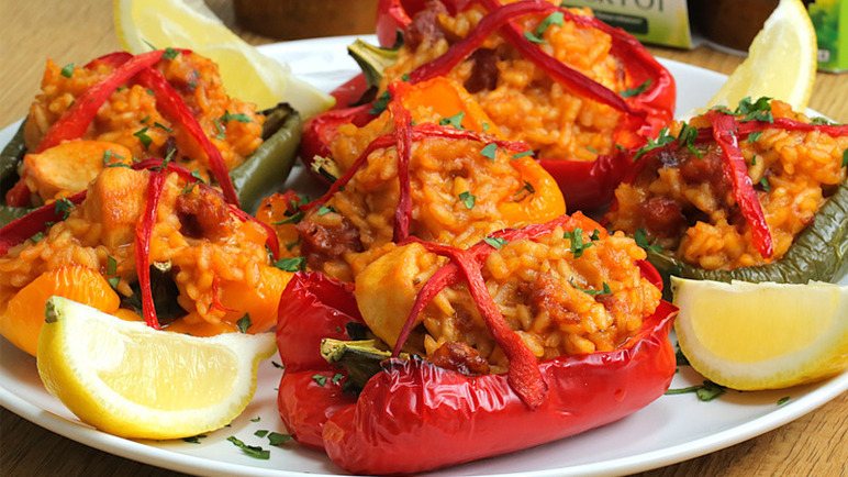 Image: Easy Knorr risotto stuffed peppers