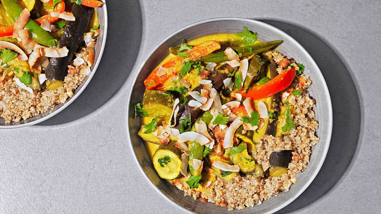 Image: Thai vegetable curry with quinoa and coconut