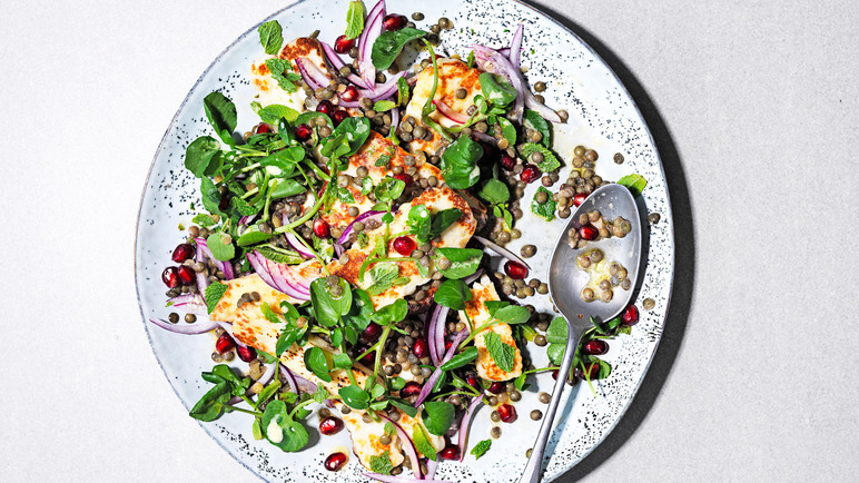 Image: Lemony lentil salad with griddled halloumi