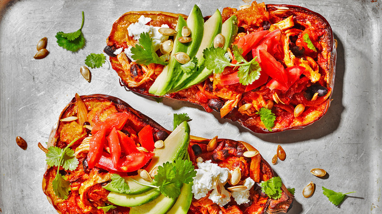Image: Stuffed butternut squash with pulled chicken