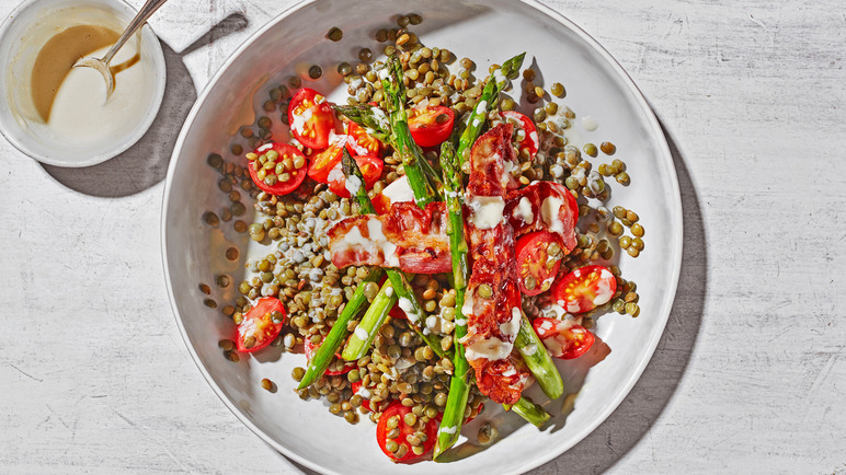 Image: Lentil salad with pancetta, asparagus and tahini