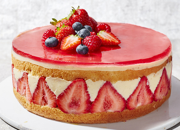 Image: Traditional strawberry fraisier cake