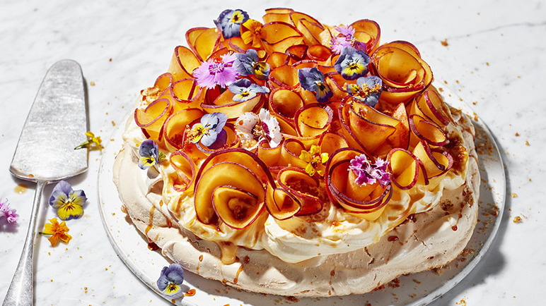 Image: The ultimate peach pavlova