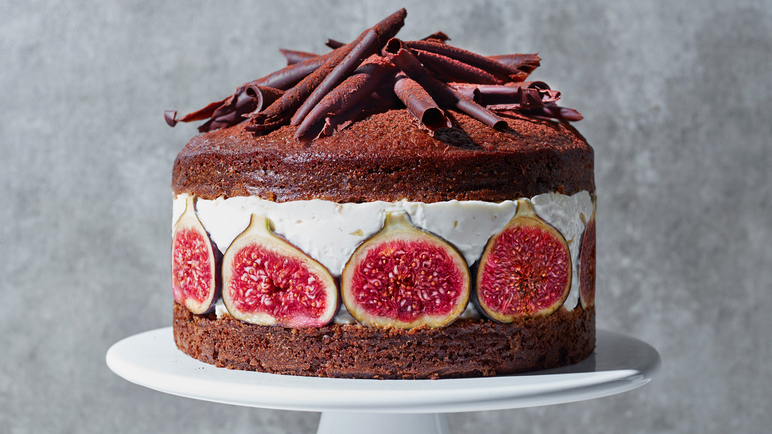 Image: Fig and spiced ginger layer cake