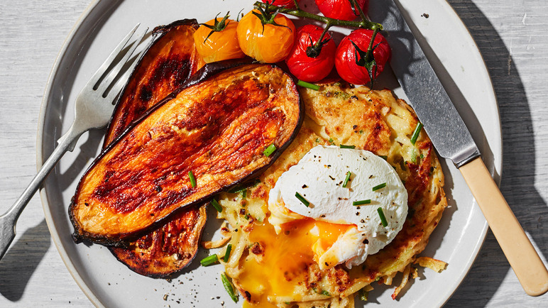 Image: Veggie potato fritters with aubergine bacon