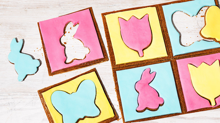 Image: Gingerbread Easter puzzle biscuit