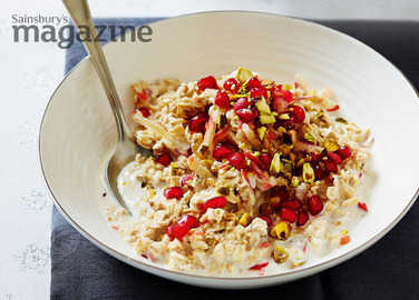 Pomegranate and pistachio bircher-style muesli