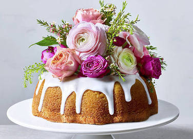 Image: Elderflower and lemon cake
