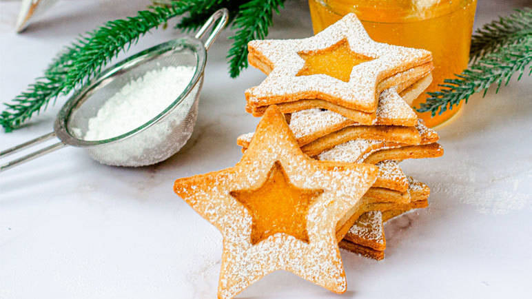 Clementine shortbread star biscuits