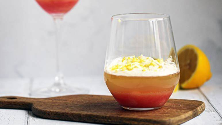 Image: Sparkling wine jelly and rhubarb
