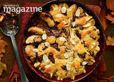 Pear, ginger and chocolate cobbler