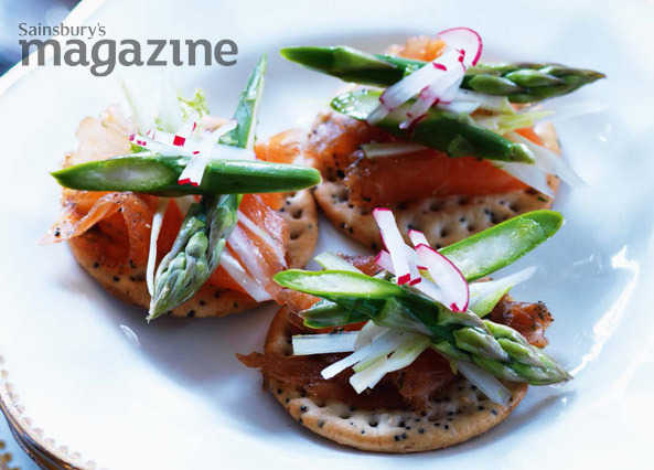 Gin-cured salmon and asparagus slaw bites