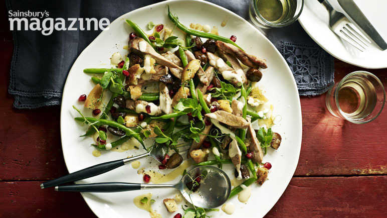 Warm pheasant salad with croutons and cider dressing