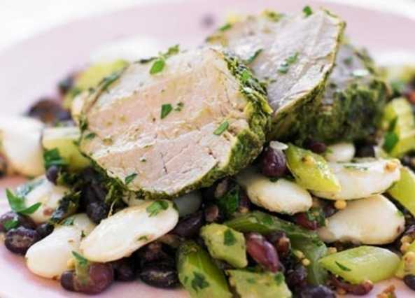 Herb-crusted pork tenderloin with dressed bean image