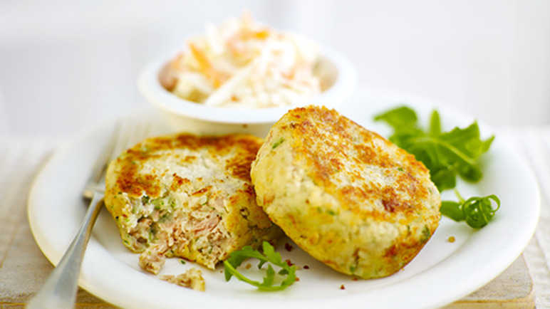 Tuna fishcakes with sla image
