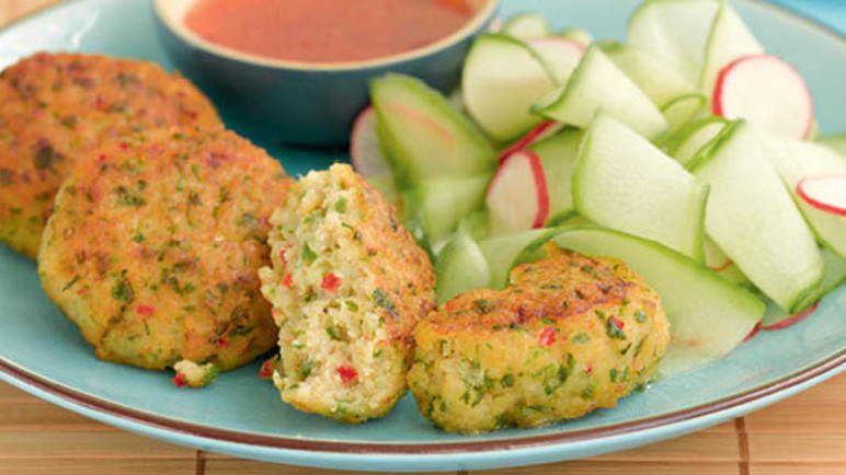 Thai fish cakes with cucumber sala image