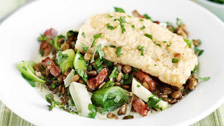 Cod with bacon, leeks and lentil image