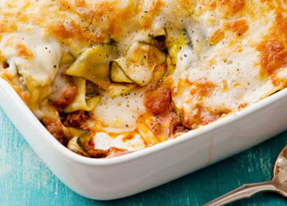 Creamy courgette and beef lasagn image
