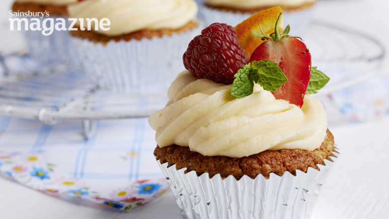 Image: Pimm's cupcakes
