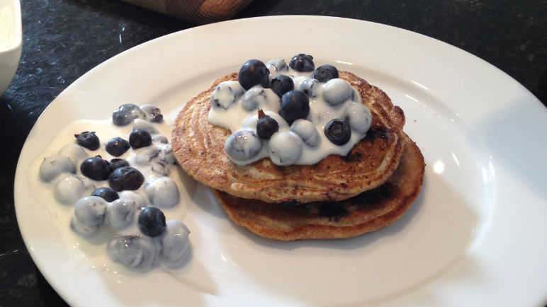 Image: Vegan blueberry pancakes