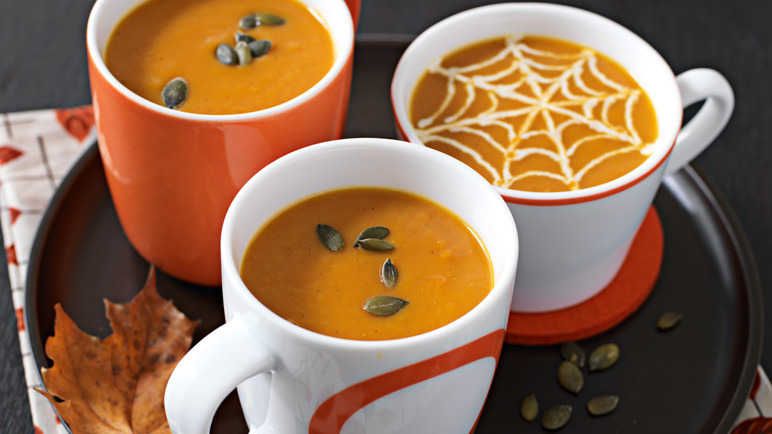 Image: Curried pumpkin soup